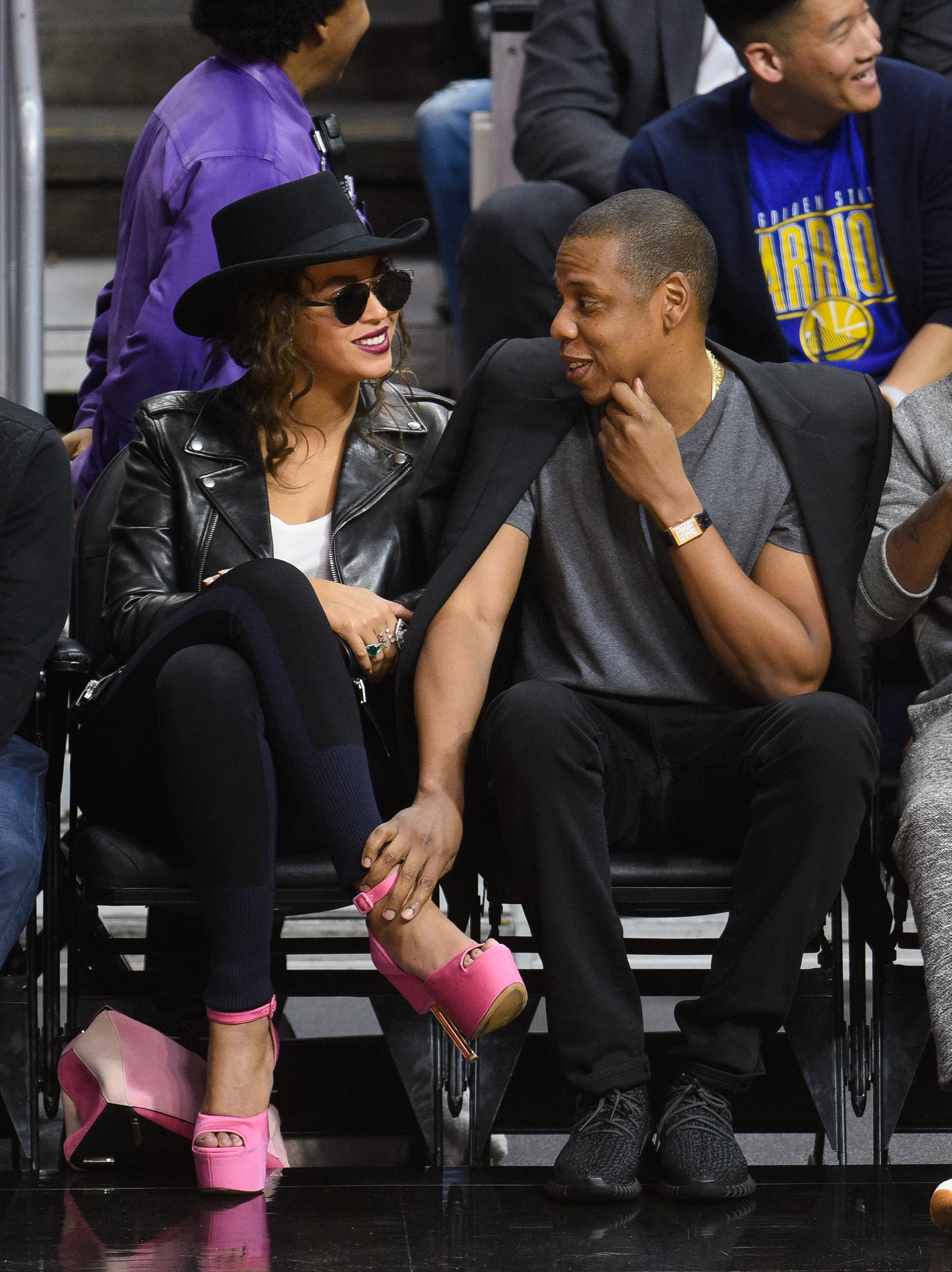 LOS ANGELES, CA - FEBRUARY 20: Beyonce (L) and Jay-Z attend a basketball game between the Golden State Warriors and the Los Angeles Clippers at Staples Center on February 20, 2016 in Los Angeles, California. (Photo by Noel Vasquez/GC Images)