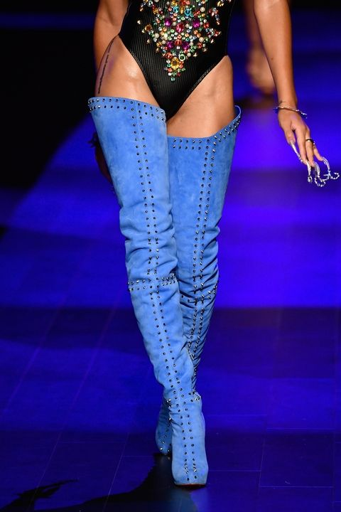 6-Fall-Boots-You-Should-Wear-The Blonds