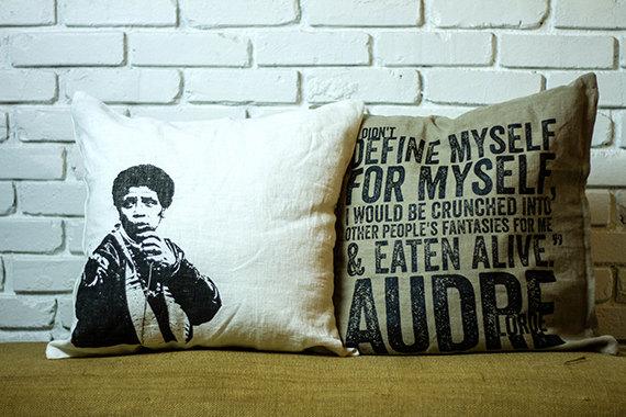 Dont-Sleep-pillows